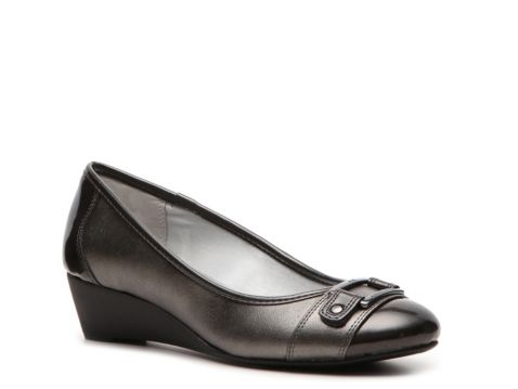 42c3a385bb0 Anne Klein Saisha Wedge Pump WANT THESE FOR MY NEW JOB THEY TOTALLY MATCH  THE UNIFORM  )