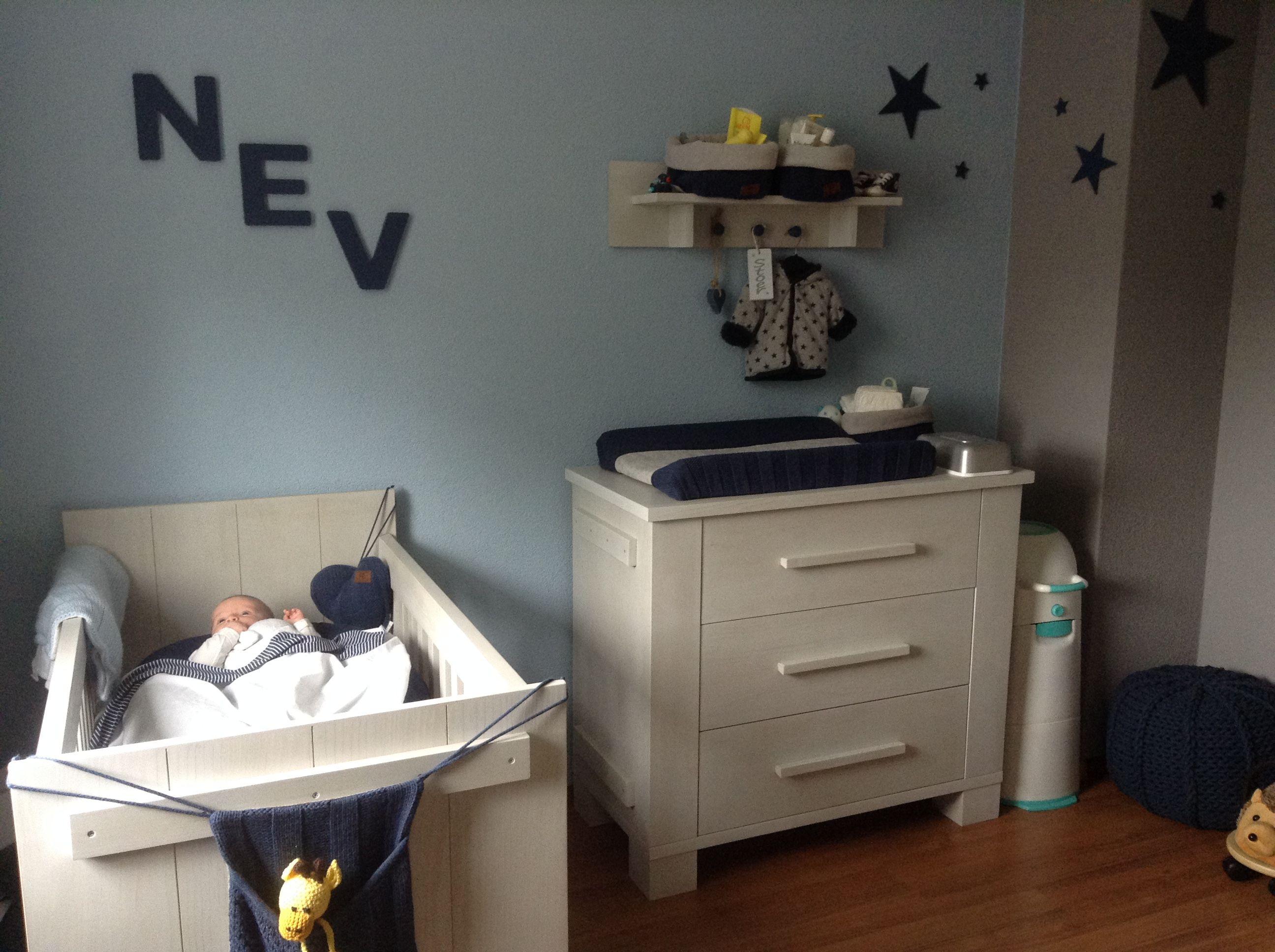Babykamer Bopita Ideeen : Babykamer nev baby s only spullen in de kleur jeans meubels bopita