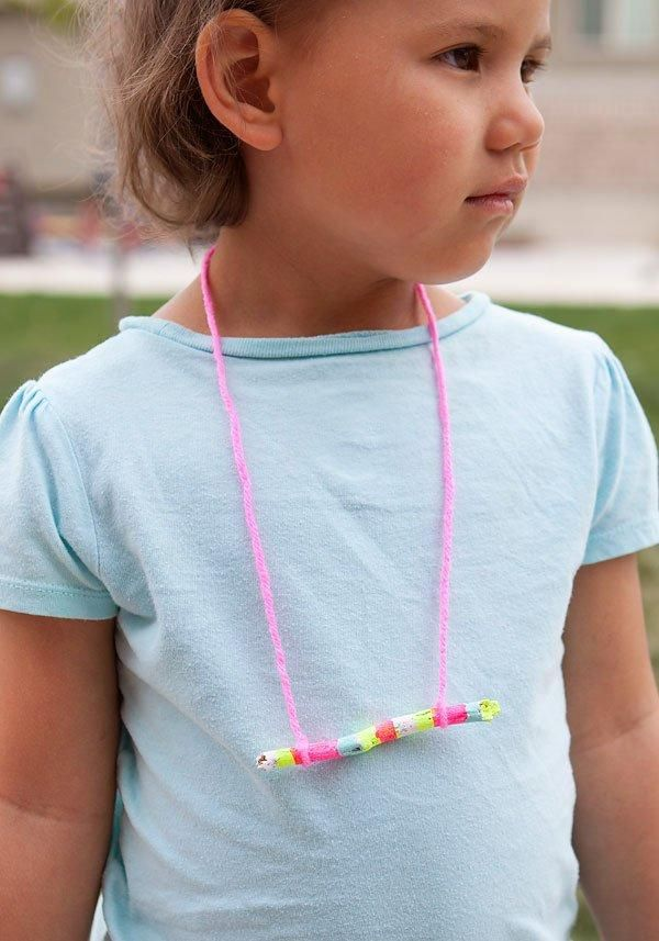 DIY Children's : DIY Color-Blocked Stick Necklace