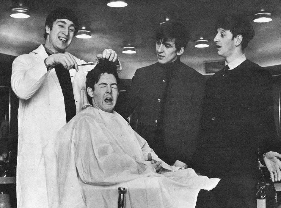 𝓵𝓸𝓿𝓮 𝓵𝓮𝓽𝓽𝓮𝓻 𝓽𝓸 𝓽𝓱𝓮 𝓹𝓪𝓼𝓽 On Instagram John Lennon S Last Words To Paul Mccartney Were Think Ab In 2020 Paul Mccartney The Beatles Beatles Funny