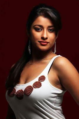 Madhurima Banerjee Is Bengali Beauty Photos Actress Bollywood Actress Pictures