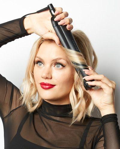 Tuto coiffure : comment réaliser un carré flou avec un lisseur