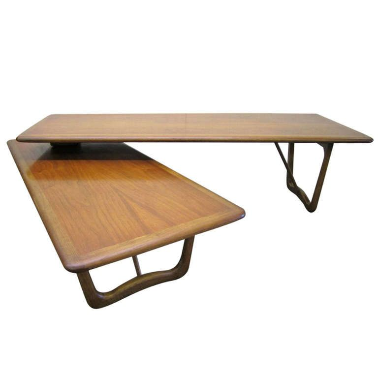 Lovely Mid century Modern Boomerang Style Walnut Lane Coffee Table