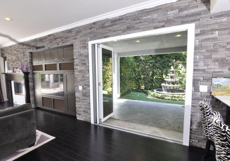 Lanai Doors Bifolding Glass Walls And Folding Doors Systems