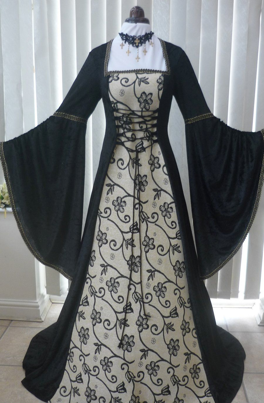 Renaissance Me val Gothic Dress Black and gold tapestry