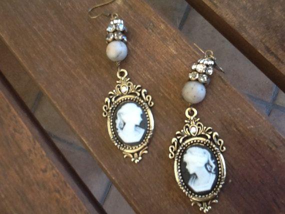 CaMeo EaRRiNgs Women's dangle earrings/ Victorian/ romantic vintage style rhinestones / Trendy
