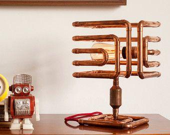 Nous vous présentons AERO lampe artisanale faite de cuivre pur