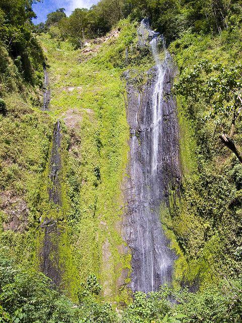 CASCADA DE SAN RAMÓN Situada en la pared sur del volcán Maderas, a - cascada de pared