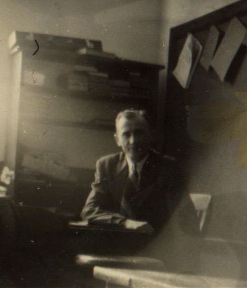 Have You Seen My Roots?: Wordless Wednesday - Grandpa in his Classroom