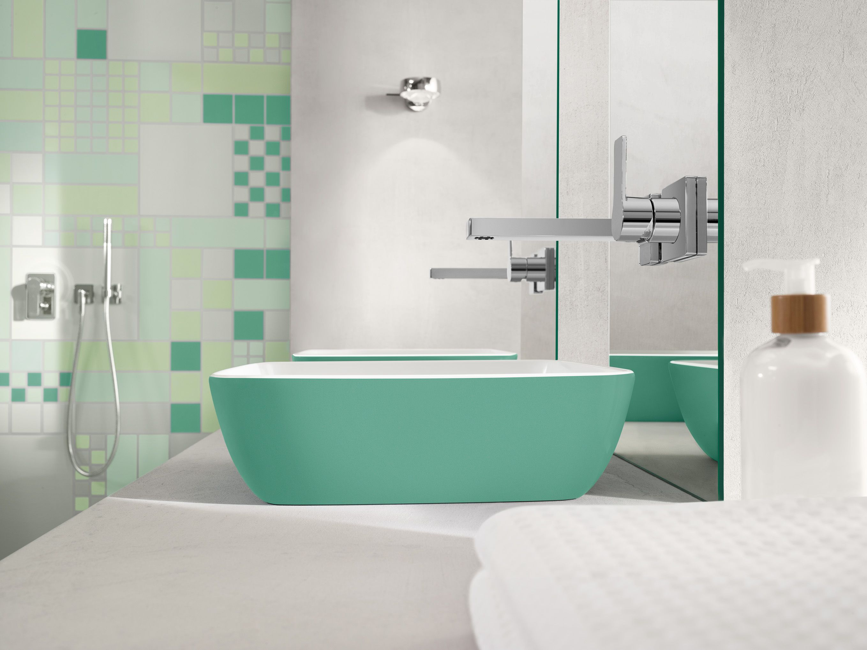 kleur in de badkamer met villeroy & boch wastafel groen