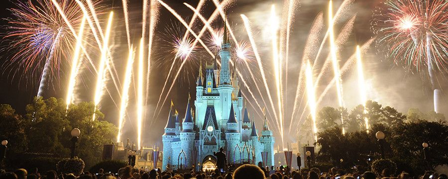 With the holiday season upon us, it's time to start making plans for New Year's Eve and what better way to ring in 2016 than with a rockin' party at Disney.