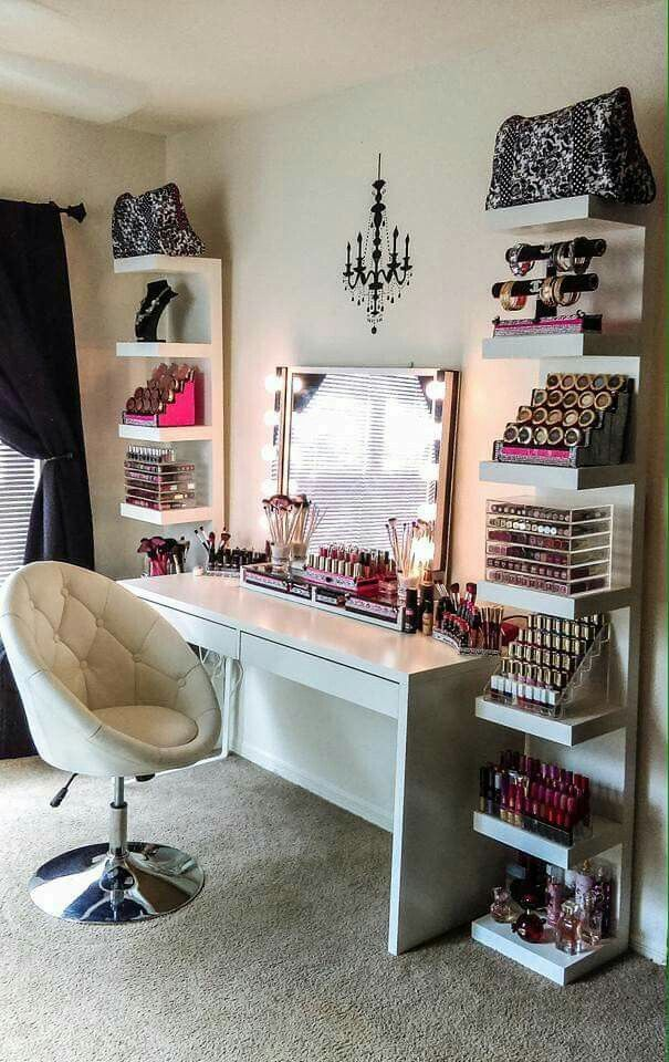 18 Stunning Bedroom Vanity Ideas18 Stunning Bedroom Vanity Ideas   Hair care products  Vanities  . Makeup Vanity With Lots Of Storage. Home Design Ideas
