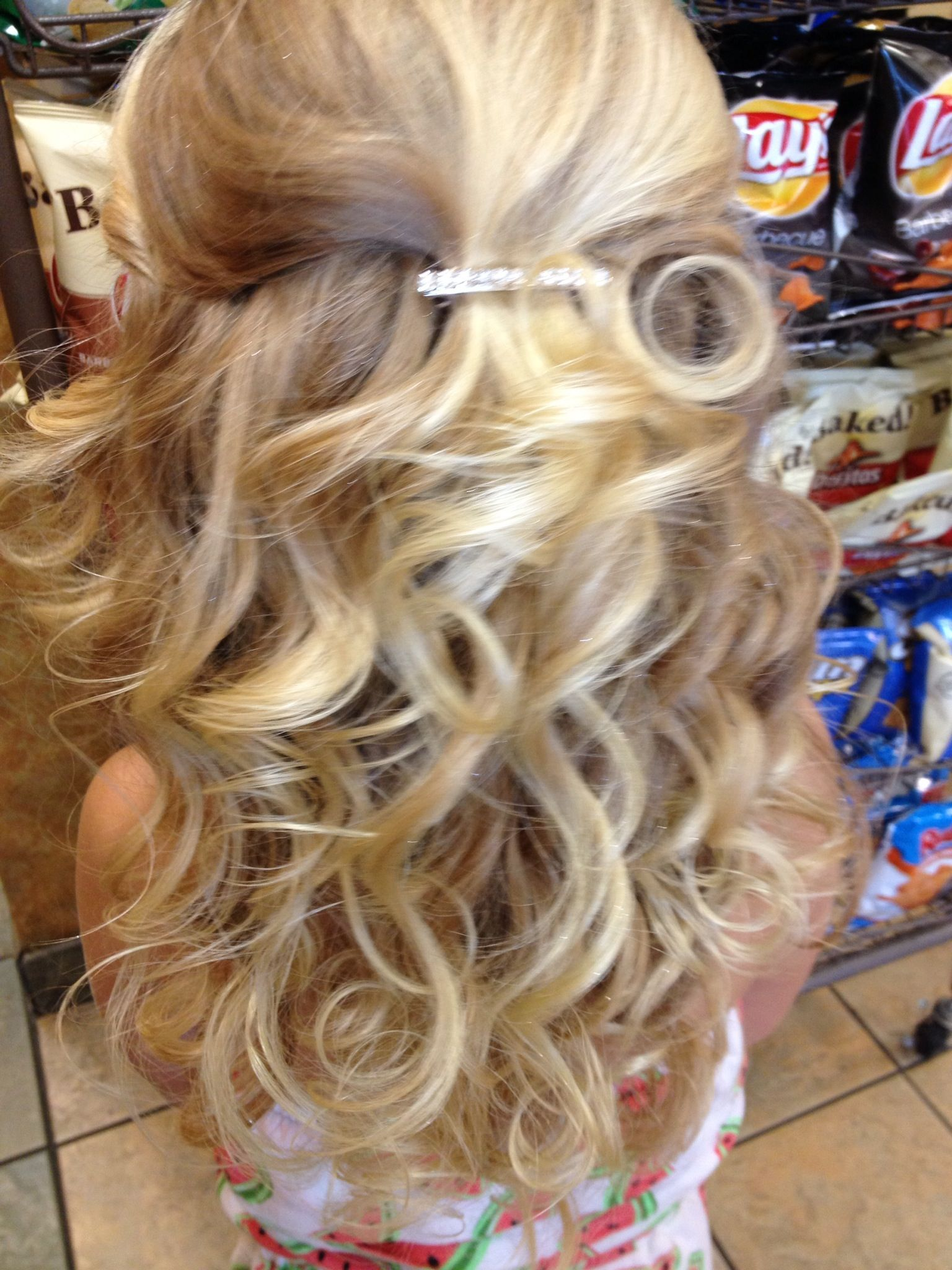 Pageant hair Cute hairdos for my gals Pinterest