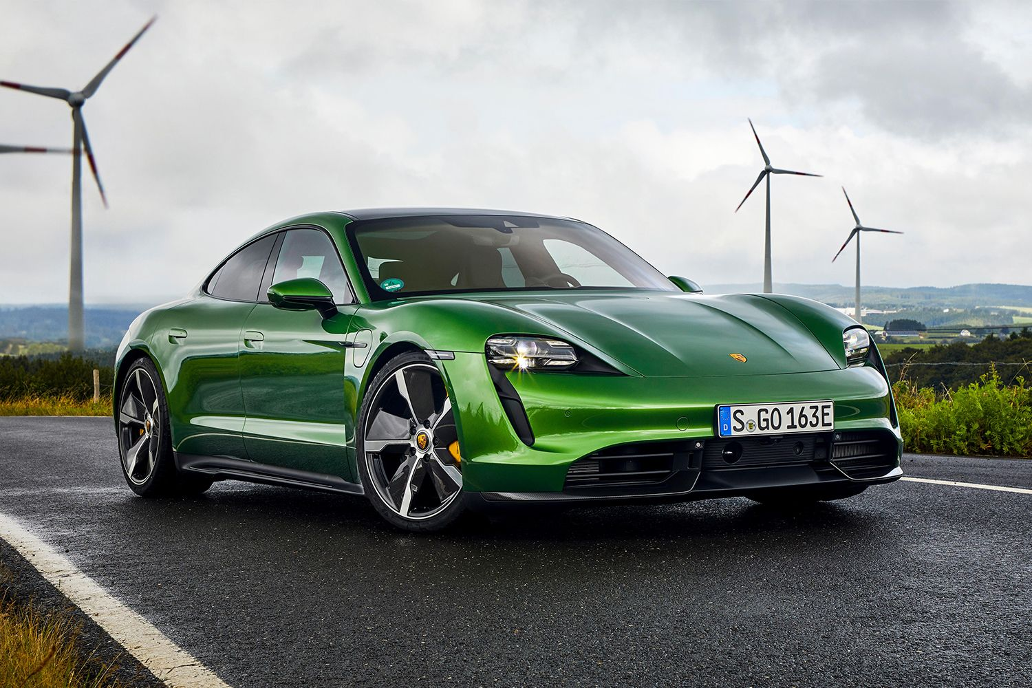 These Are The Least Efficient Electric Vehicles In America Porsche Taycan Green Car Electric Cars