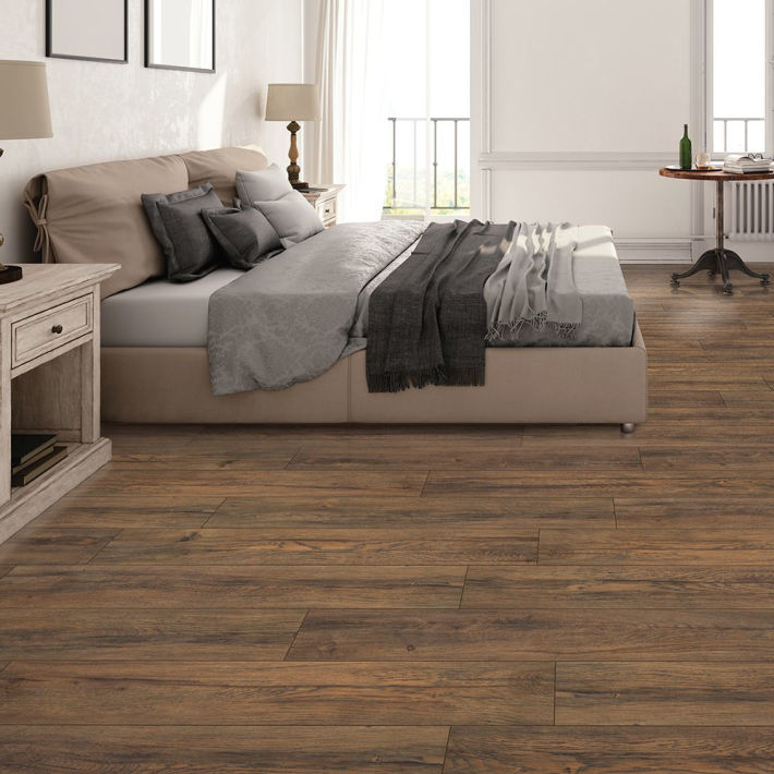 Watkins Oak Quick•Step Studio Laminate Flooring at Lowe