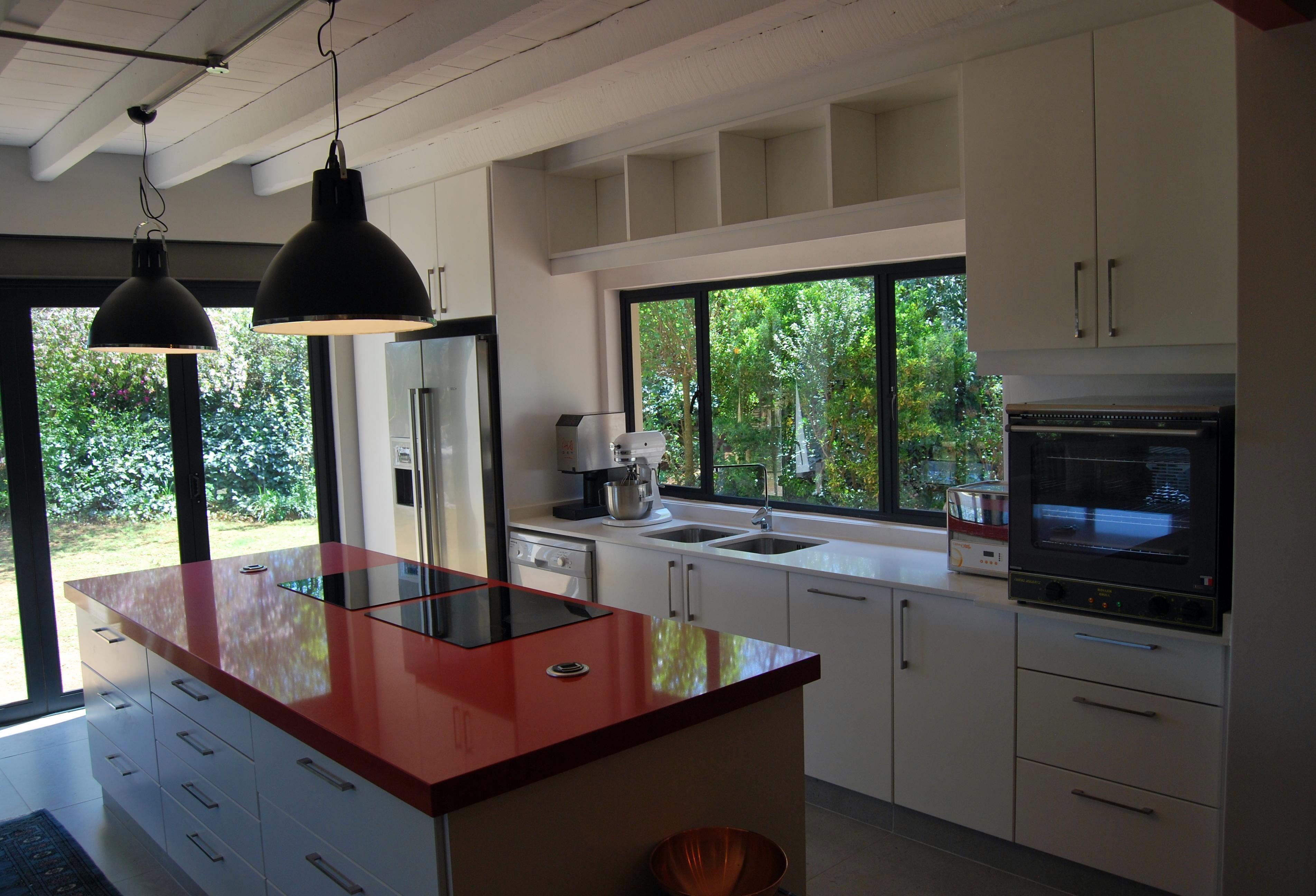 Projects kitchen white duco red caesarstone twotone design