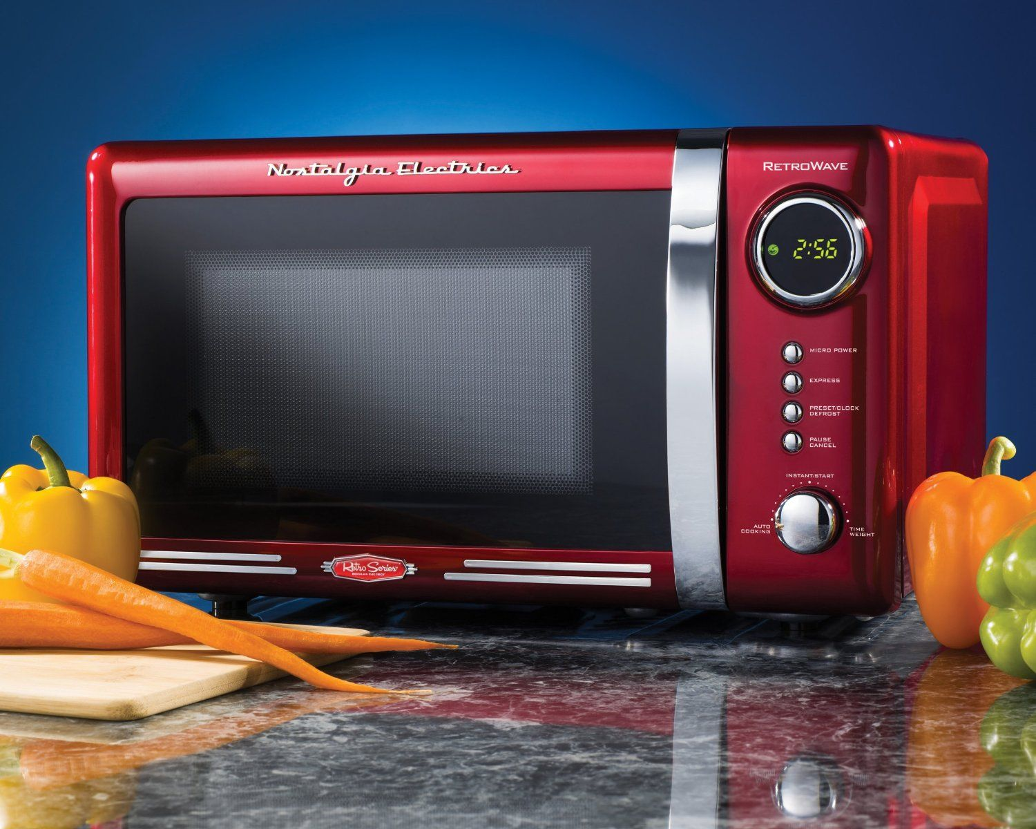 Retro Microwave Oven Countertop Red 7 Cubic 700 Watts Dorm Home Compact Vintage