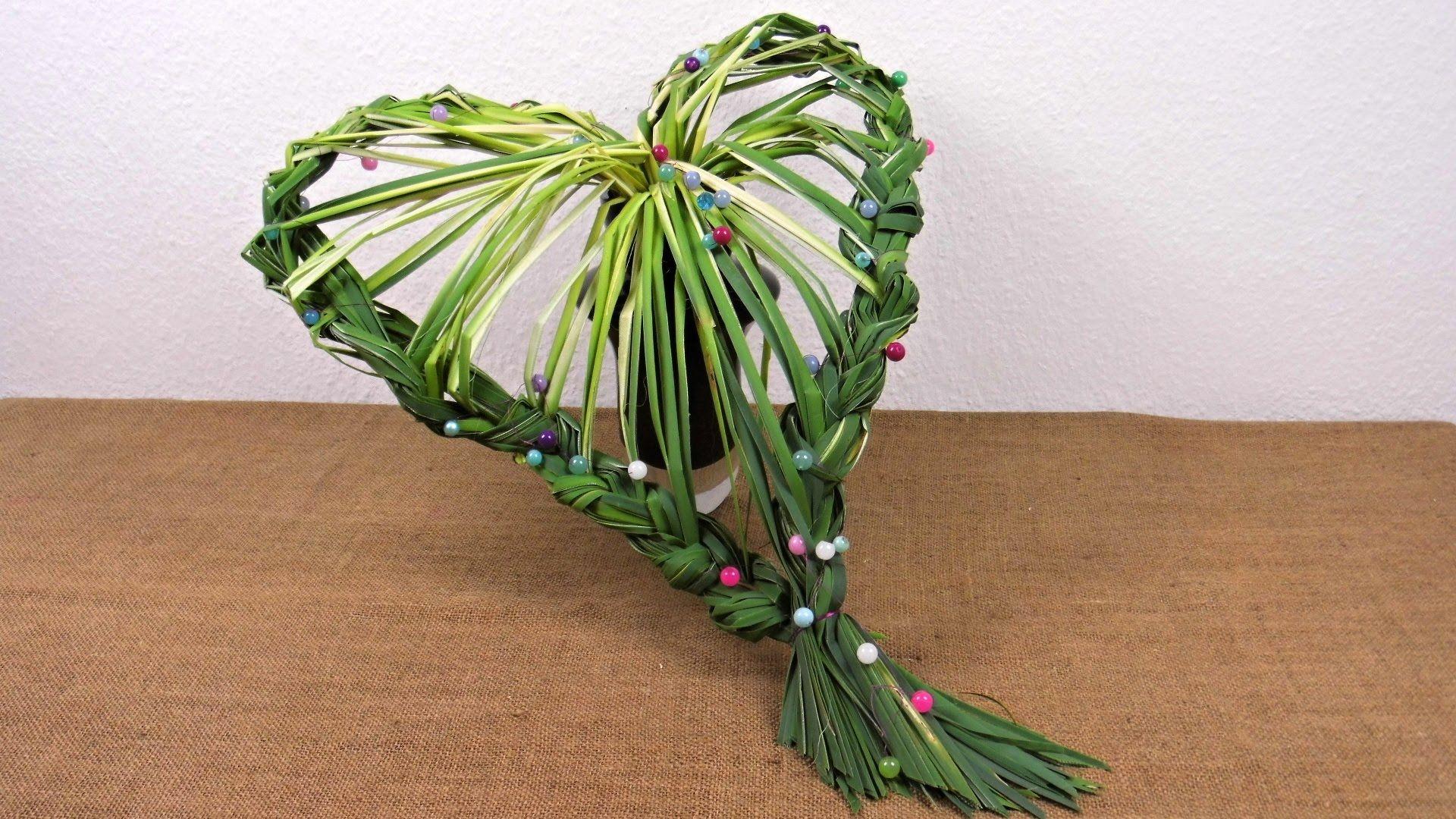 Herbstdeko Shop herbstdeko herz aus blätter flechten floristik anleitung deko