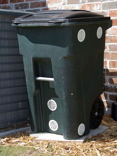 Wheeled Composter From A Garbage Can Genious