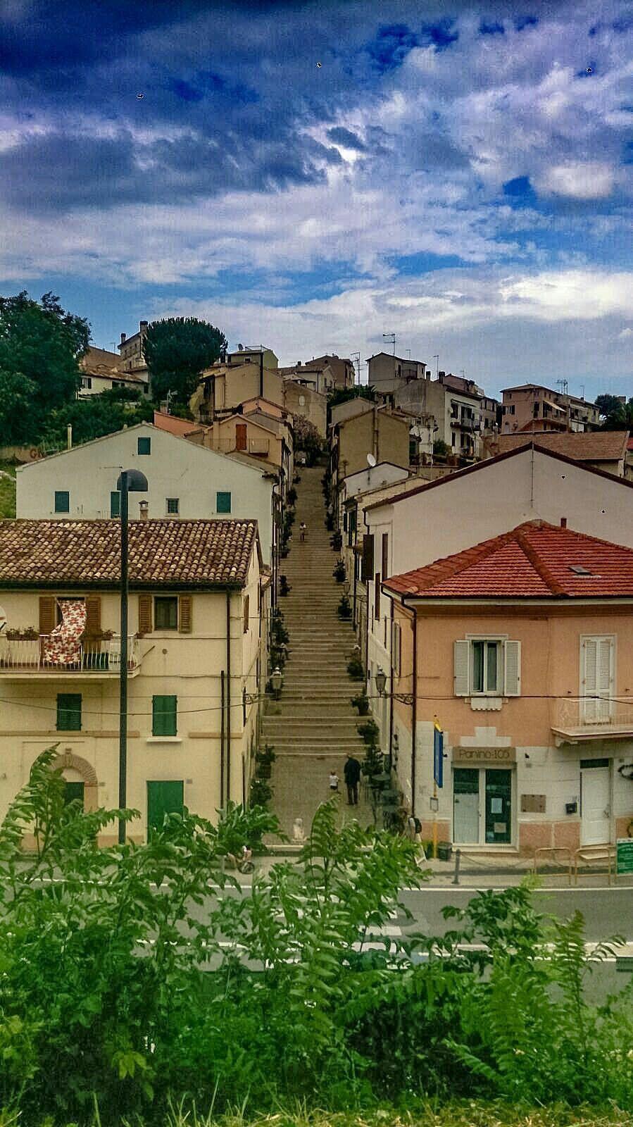 Scalinata Numana  Turismo Marche  Italia  Riviera Del