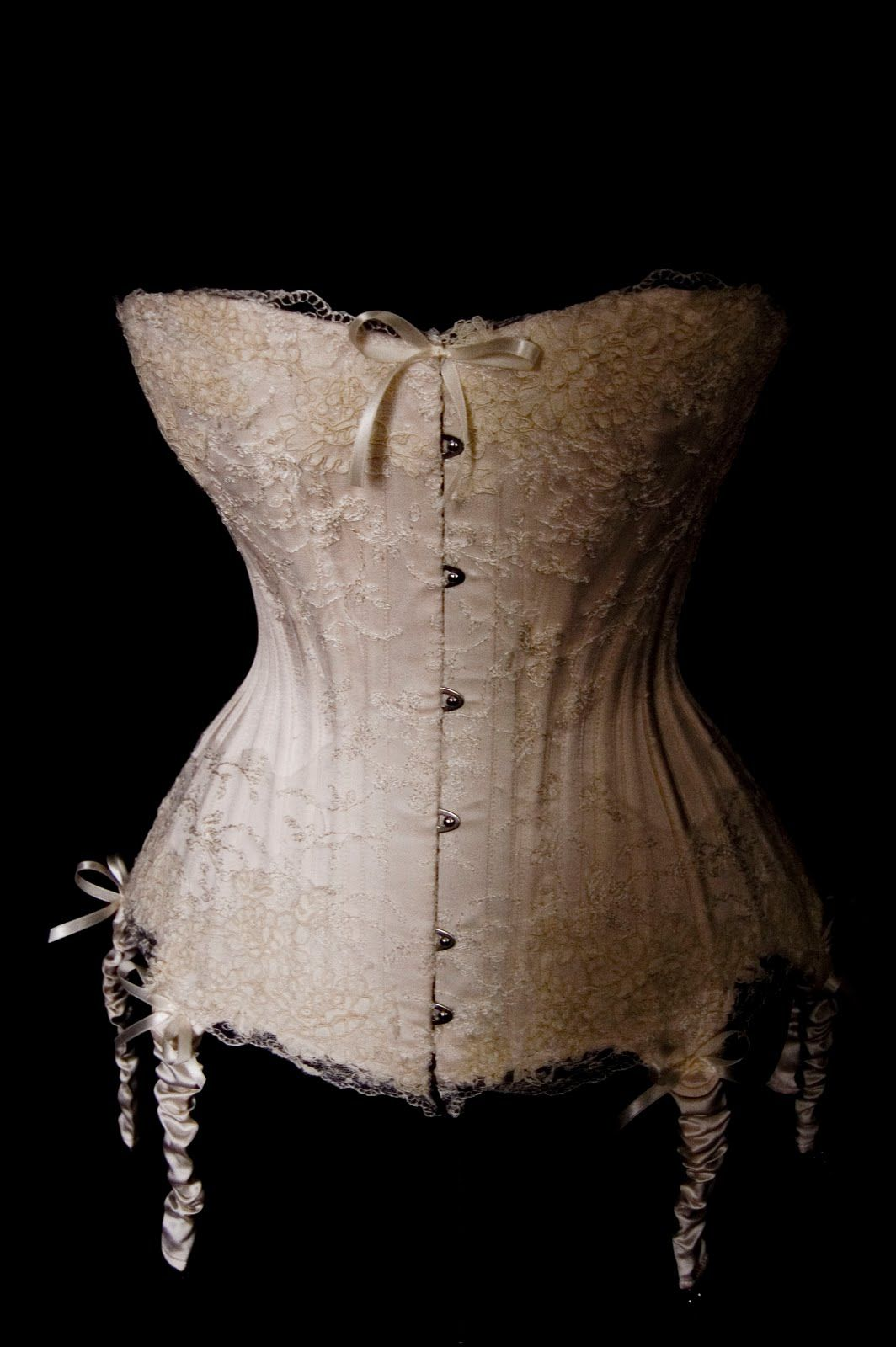 [new+cream+corset+3.jpg] Wedding corset, Corset wedding