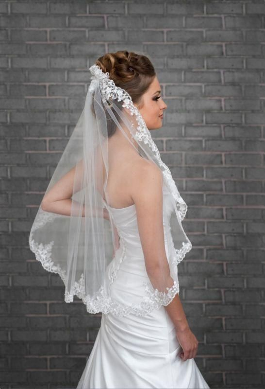 2016  1 Tier White Ivory Lace Edge Wedding Bridal Veil Elbow Length With Comb