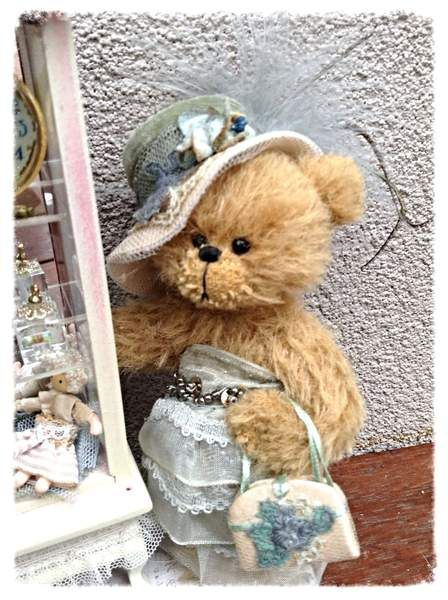 Valma by Shaz Bears...I FEEL THE LOVE FOR HER
