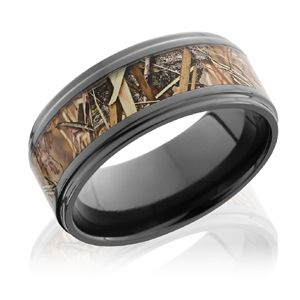 Stepped Edge Kingsfield Camo Band The Adds Detail To This Wedding