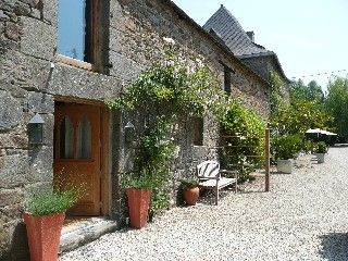 La Binellerie Garden gite Vacation Rental in Miniac Morvan from