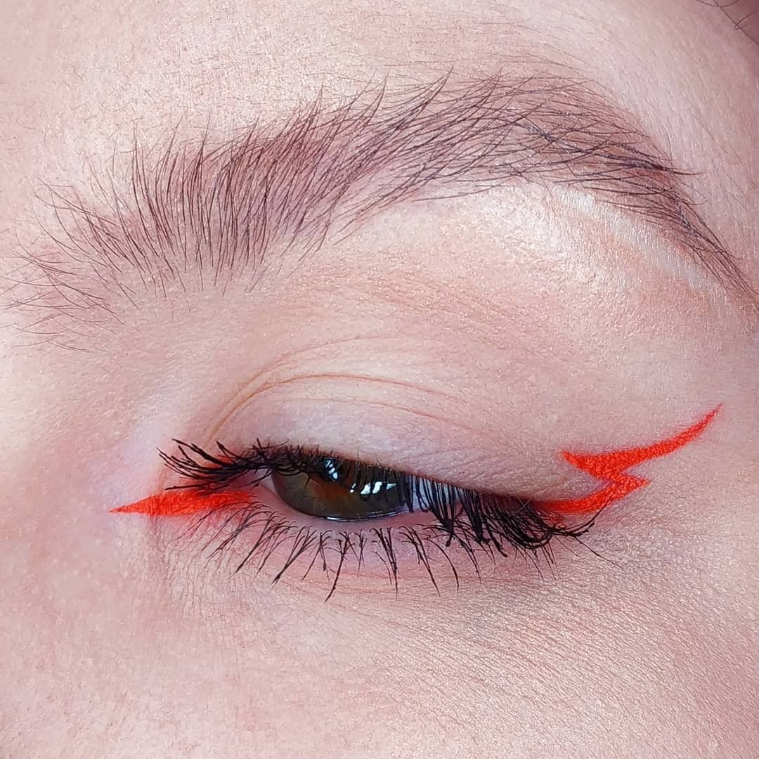 Photo of 13 ideias de maquiagem de Carnaval colorida para arrasar nos blocos
