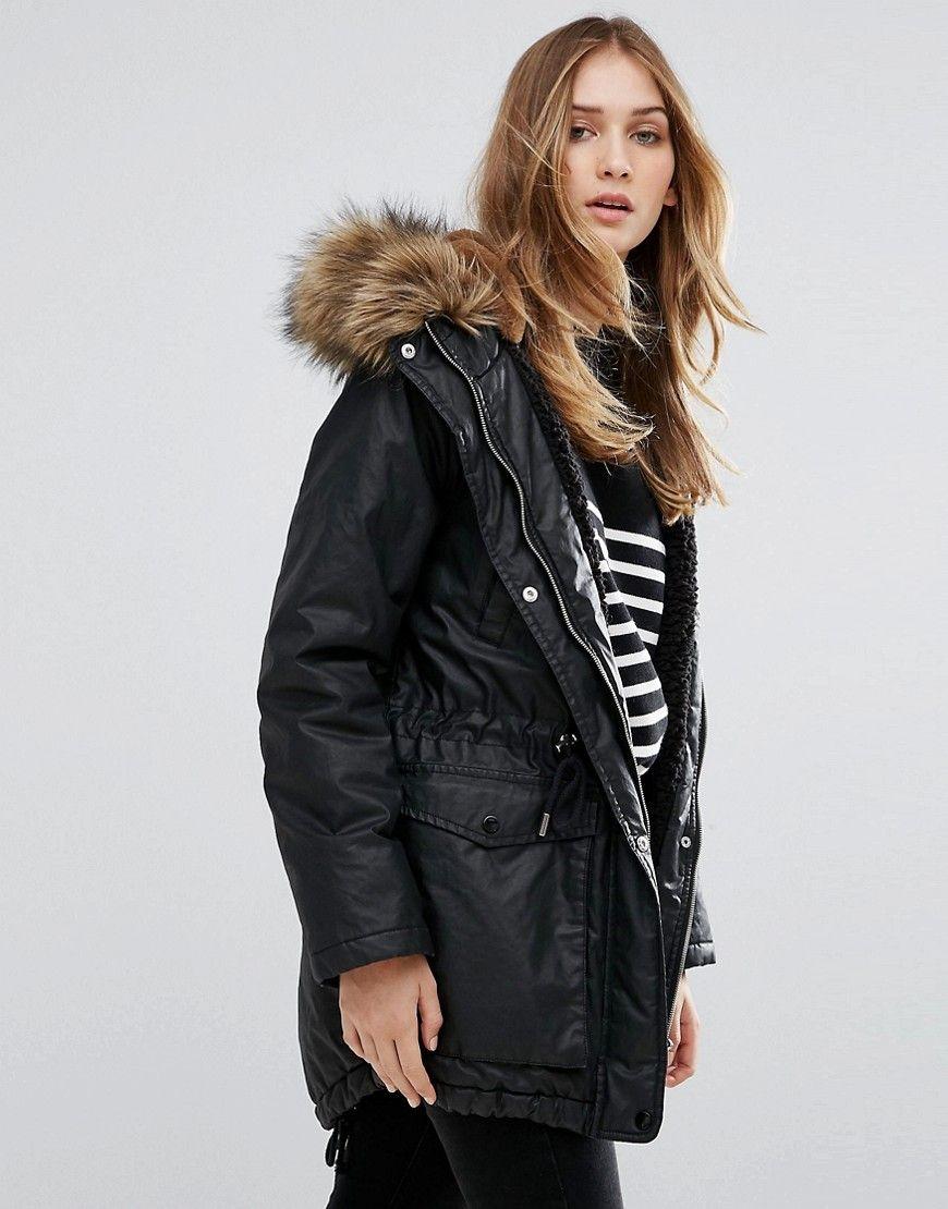 ¡Consigue este tipo de chaqueta de cuero de Whistles ahora! Haz clic para  ver 54e8e969a2f5