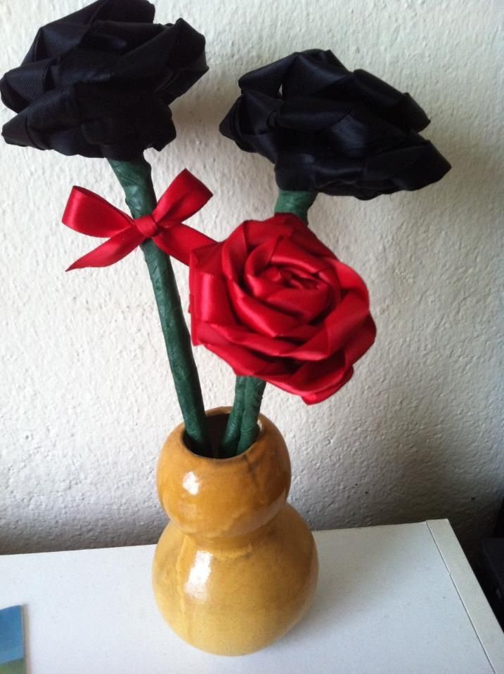 Roses made from funeral ribbons  | DIY | Memorial gifts