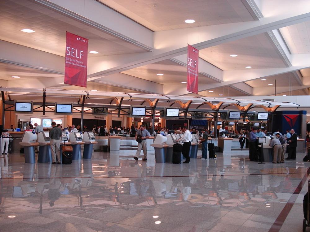 Delta check in at ATL HartsfieldJackson Atlanta