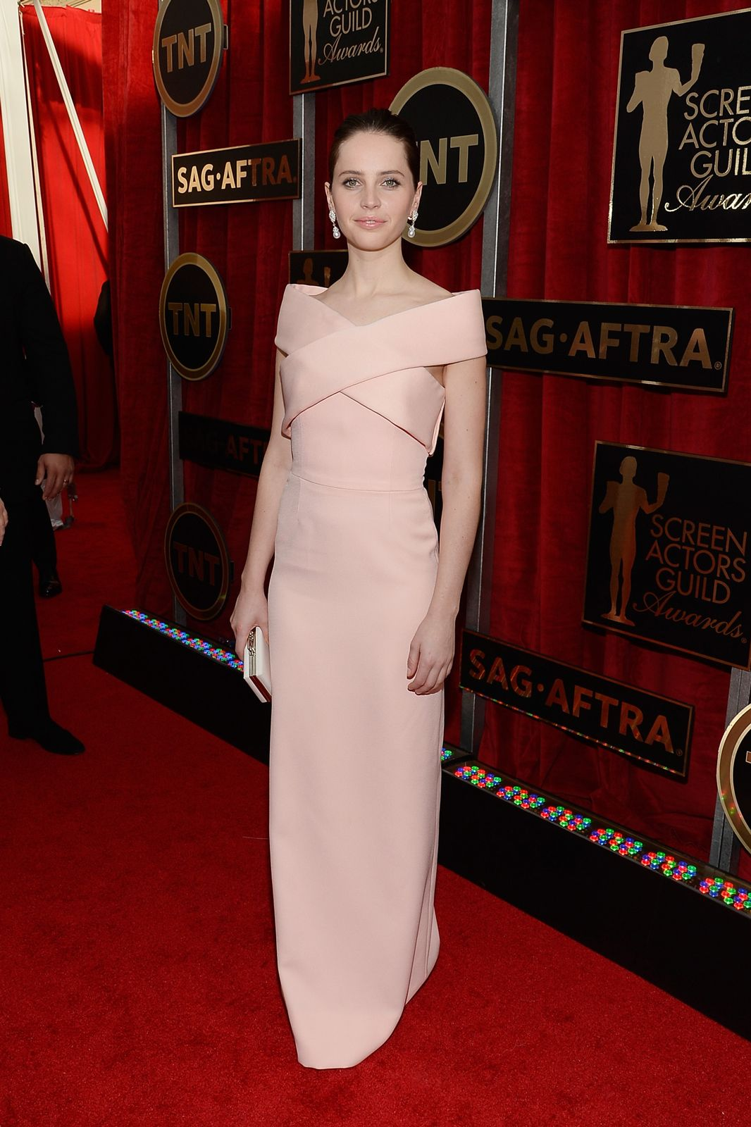 If Grace Kelly were still making red carpet appearances today, we imagine she might've picked this pale pink Balenciaga number. But, it was Felicity Jones who looked ever the picture of Hollywood royalty is this elegant, off-the-shoulder number.