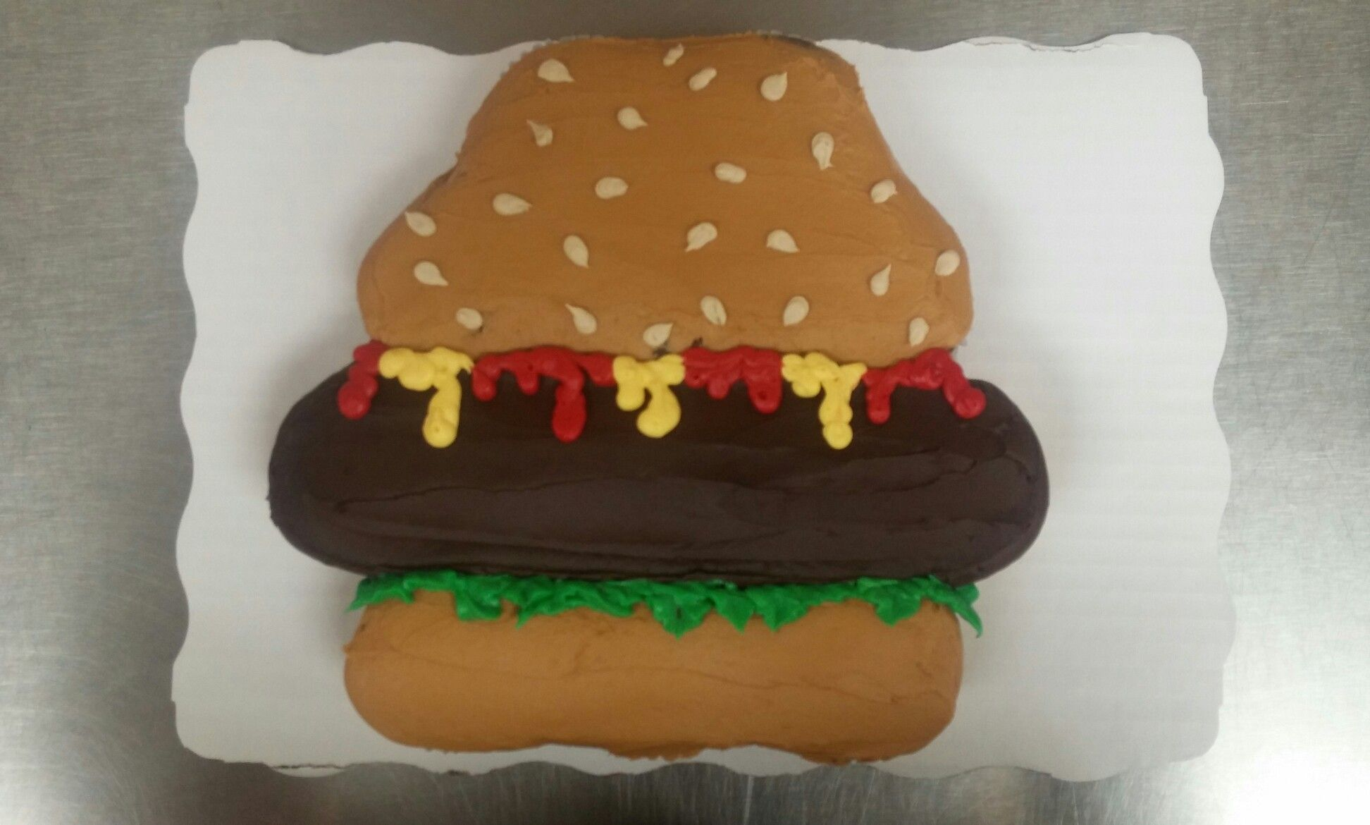 12 Ct Hamburger Cupcake Cake With Images Cupcake Cakes