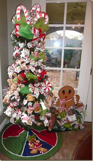 christmas gingerbread tree in a kitchen breakfast room
