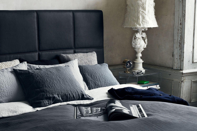 Swiss Sense slaapkamer inspiratie #beige, #grijs, #zwart. Kijk voor ...