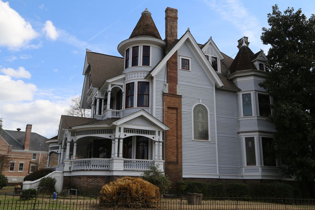 Hattiesburg Mississippi Forrest County Ms Grand Homes Victorian Style Homes Victorian Homes