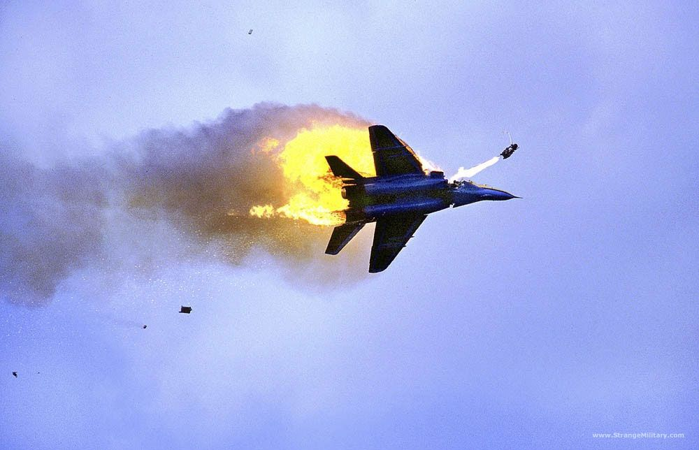 1 Mig 29 Coming Apart As Pilot Ejects Ejection Seat Military Aircraft Fighter Jets