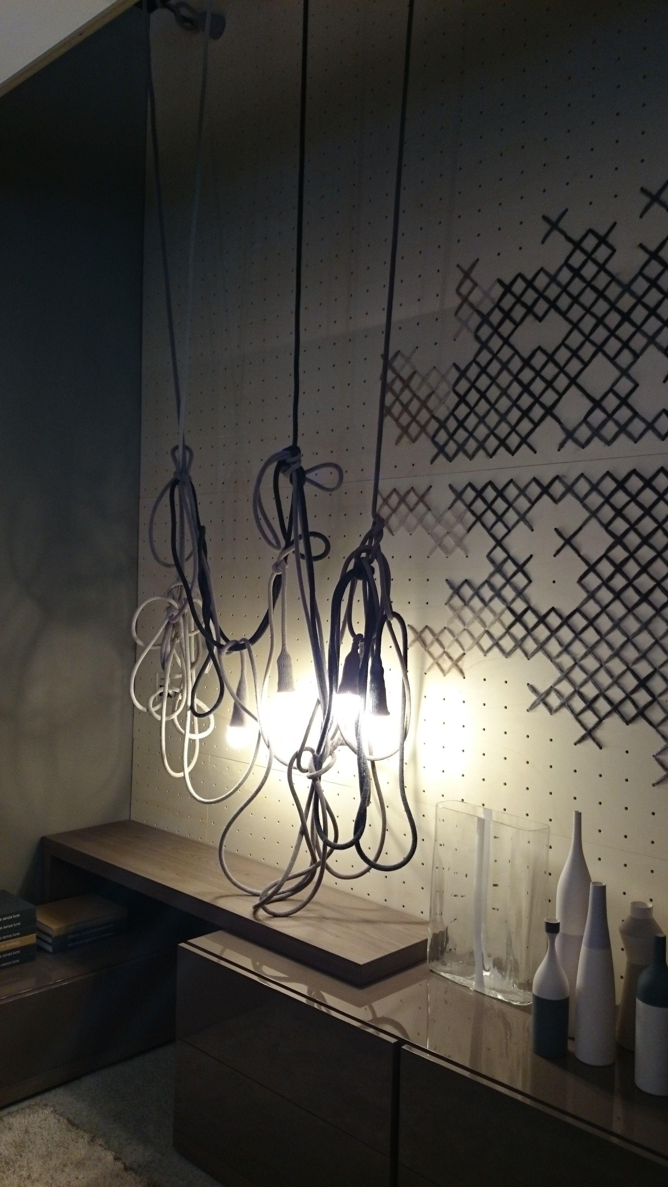 Lagerhaus wohnung Lampenlicht Bühnenausstattung Innenarchitektur Glühbirnen Aufsatz Ikea Dunkelheit