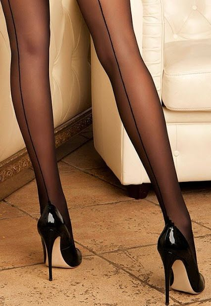 Search hot legs in pantyhose