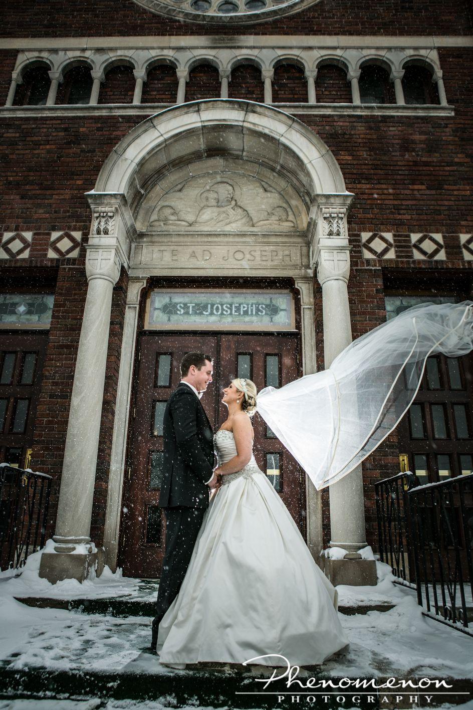 Buffalo Wedding Photographer Phenomenon