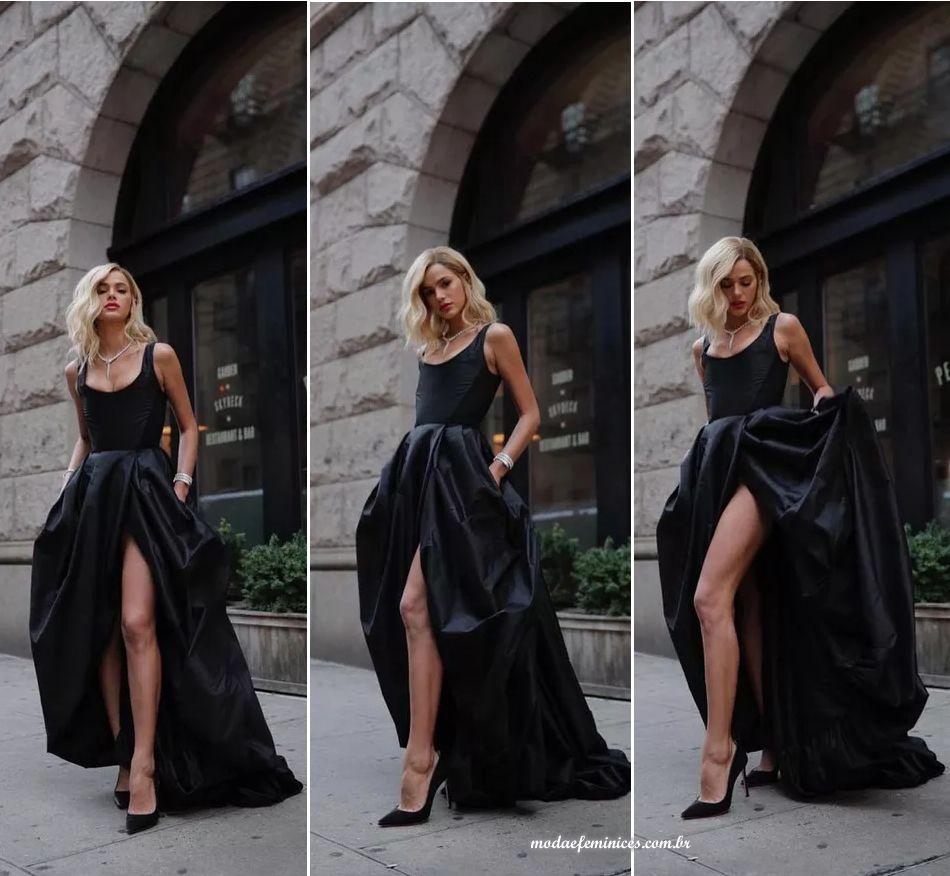 b97200a85f303 Cabelo da Bruna Marquezine loira em Nova York   Para o look, Bruna elegeu um