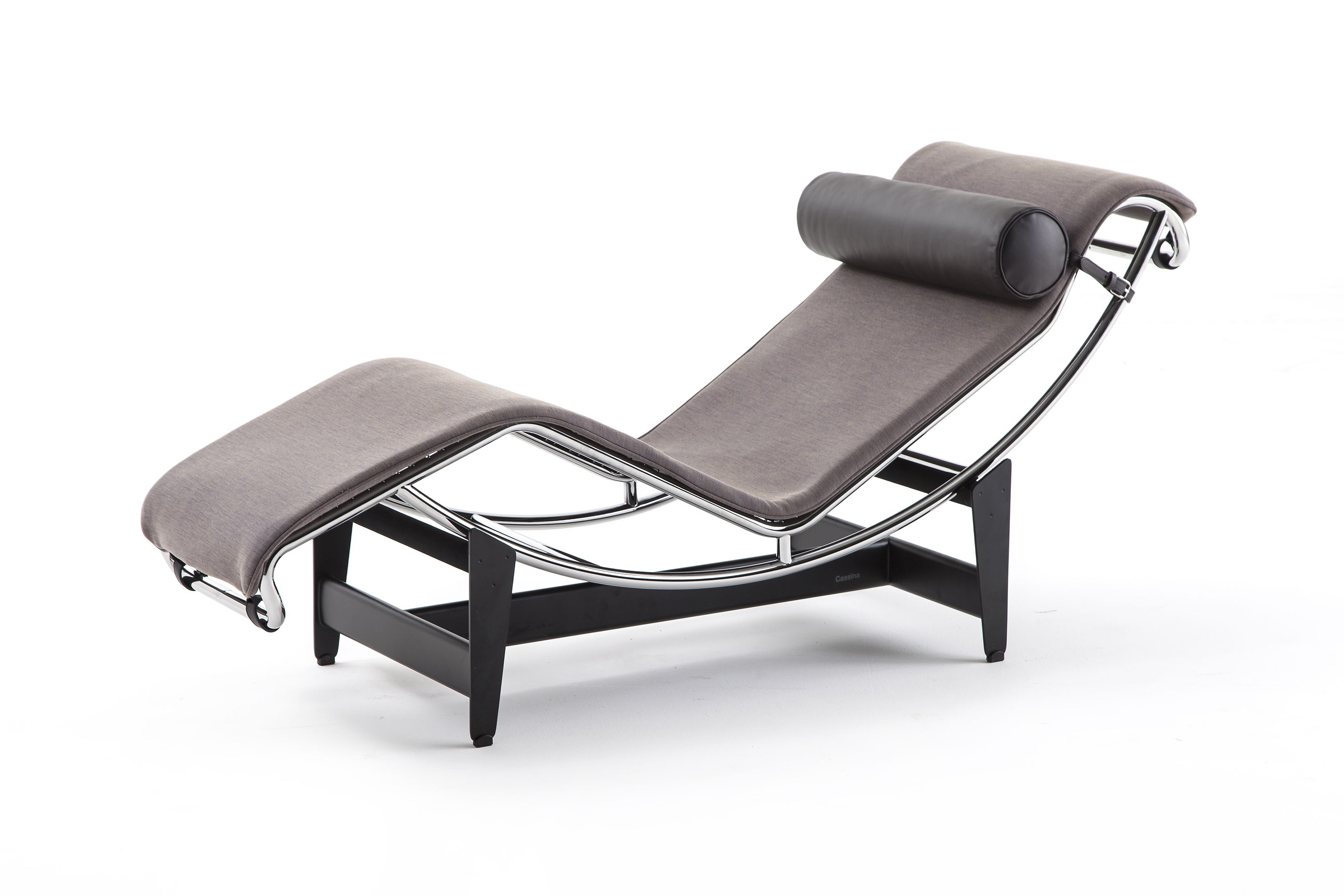 Lounge Chair LC By Le Corbusier Pierre Jeanneret And Charlotte - Fauteuil design le corbusier