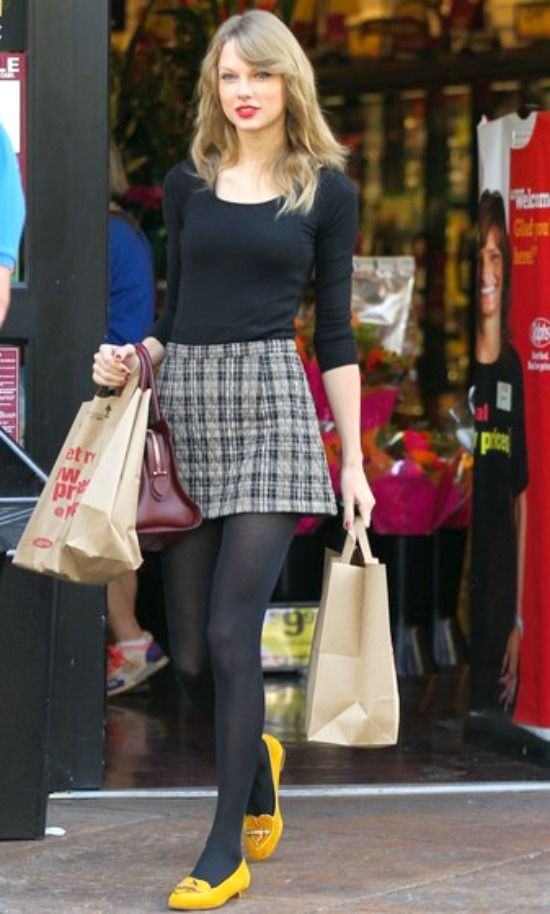 Black Tights Fashion Taylor Swfit Celebrities