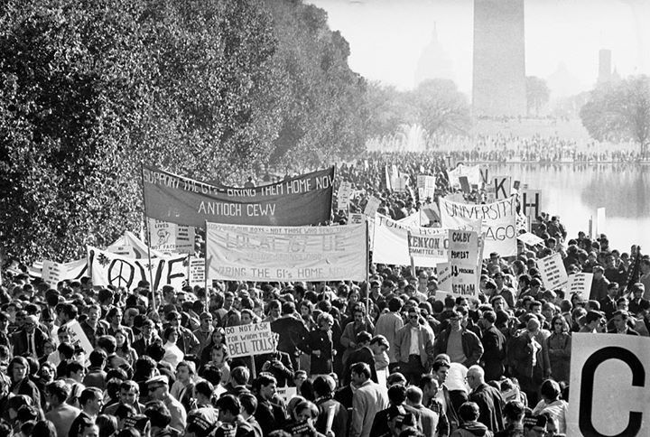 October 21st 1967 Vietnam War 100 000 War Protesters Gather In Washington D C More Than 50 000 Of Them Marched To T Vietnam War Vietnam Protests Vietnam