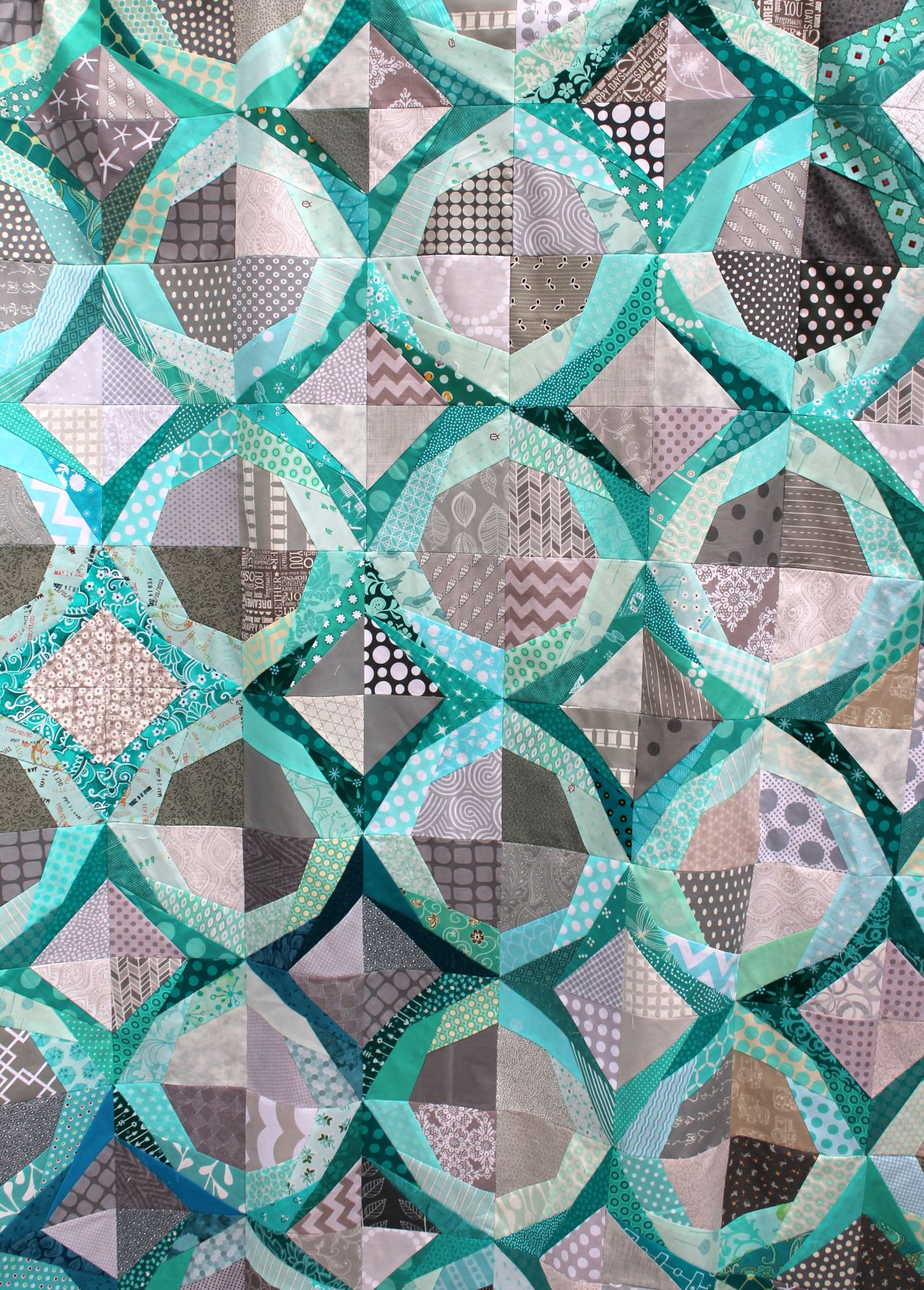 icicle quilt detail 3 Modern Quilts to Love