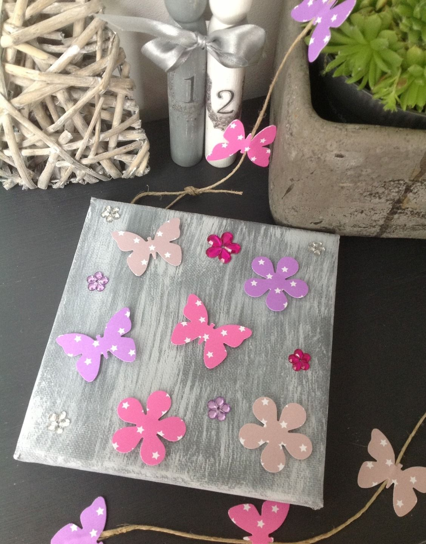 Cadre gris patin papillons en lin rose et parme - Gris et parme ...