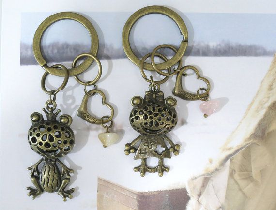Vintage 3D Prince & Princess Frog antique brass. by AccessoriesG, $2.50