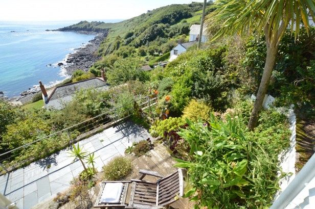 dolphins coverack luxury cottage sea view pure cornwall ferie